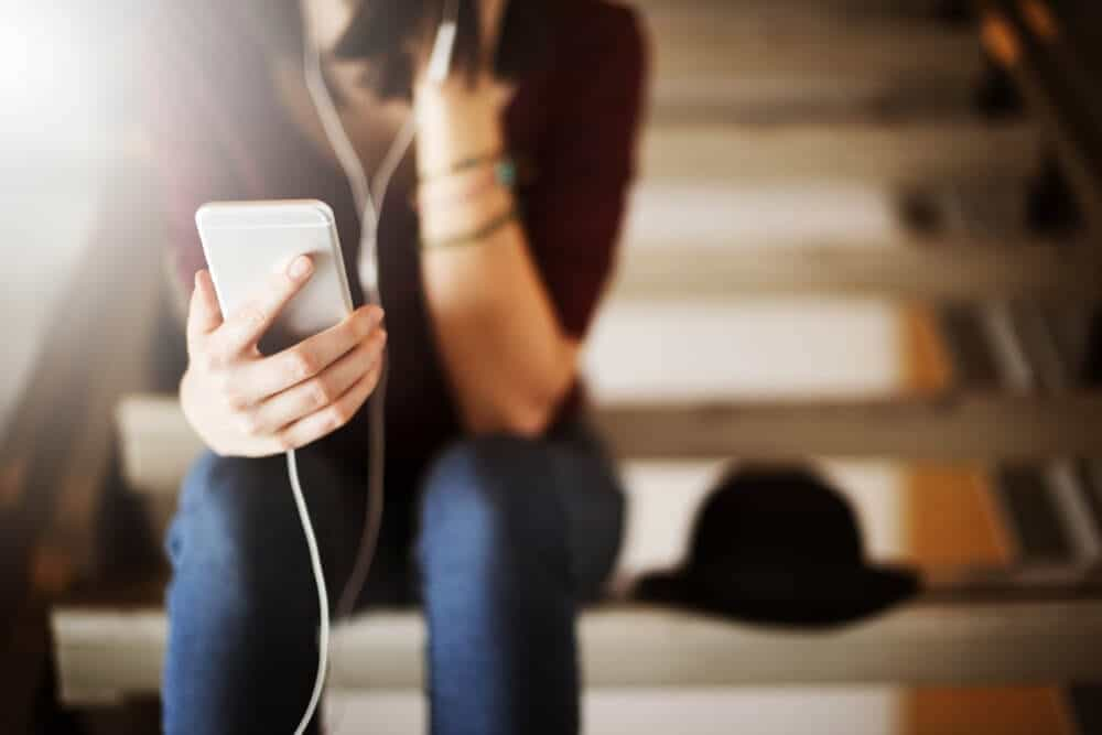 5 Good Mental Health Podcasts To Listen To While In Treatment